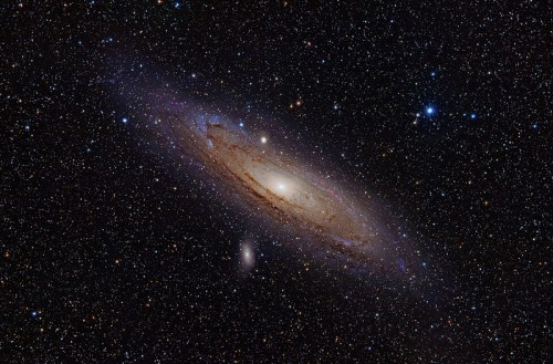 800px-Andromeda_Galaxy_(with_h-alpha)